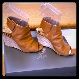 "Vince Camuto Brown ""MAPPS"" booties Womens US Sz 4"